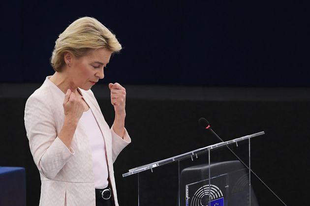 Pragmatica Ursula, vera erede di Angela, presidente