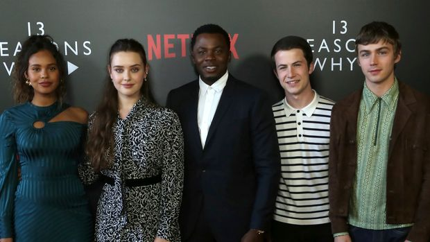 "Alisha Boe, from left, Katherine Langford, Derek Luke, Dylan Minnette and Miles Heizer arrive at the ""13 Reasons Why"" FYSEE Event at the Raleigh Studios on Friday, June 1, 2018, in Los Angeles. (Photo by Willy Sanjuan/Invision/AP)"