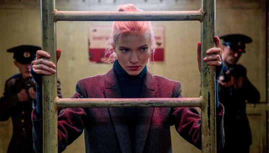 Νέες Ταινίες: «Η Κόκκινη Τζόαν», «Η Ληστεία της Στοκχόλμης» και Τζιμ