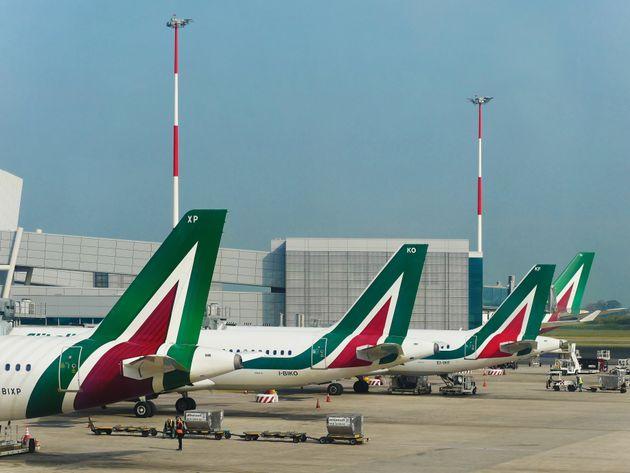 Alitalia: quattro soci, ma non fa