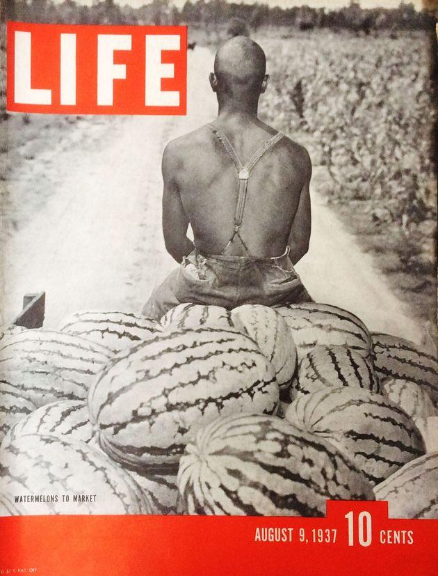LIFECapa da revistaLifeem 1937 traz melancias empilhadas na traseira de uma