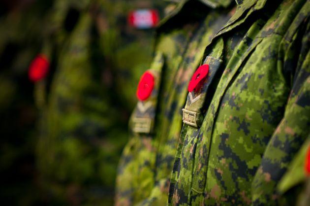Un ex-employé de l'armée canadienne aurait volé des données