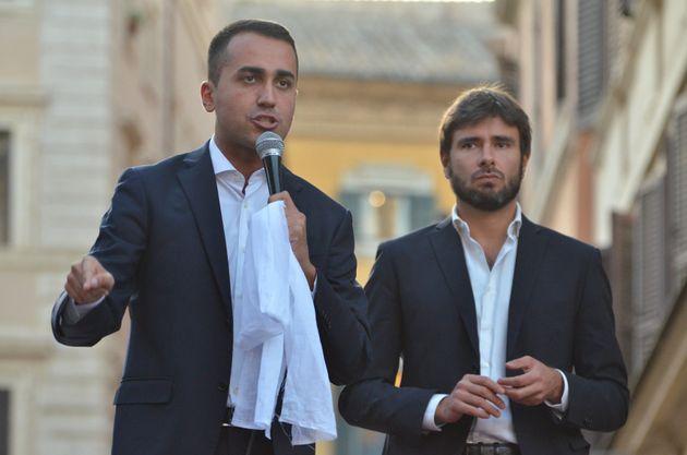 Di Maio incontra gli attivisti M5s Lazio e arriva anche Di B