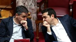 ΣΥΡΙΖΑ: Γκρίνιες ...εκτός μικροφώνου (προς το