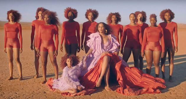 Beyonce aux côtés de sa fille Blue Ivy dans son clip