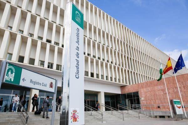 La Fiscalía pide suspender la pena de dos años de prisión a Borja, condenado tras defender a una
