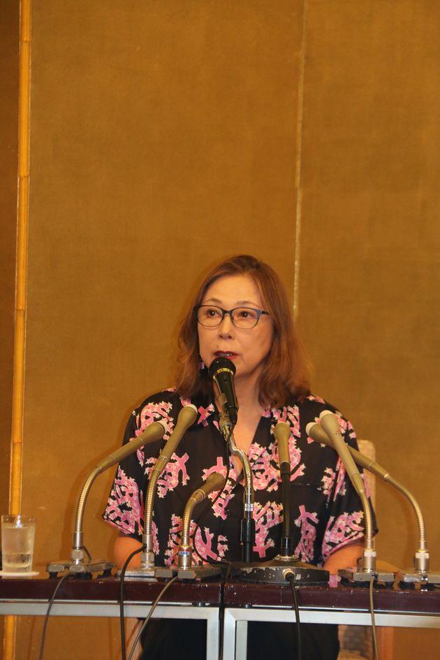 選考委員を代表して、直木賞の選評を担当した作家の桐野夏生さん。