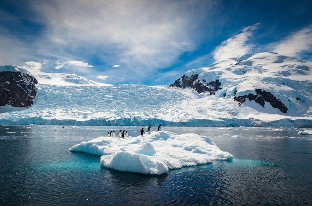 Επιστήμονες θέλουν να βομβαρδίσουν την Ανταρκτική με τεχνητό