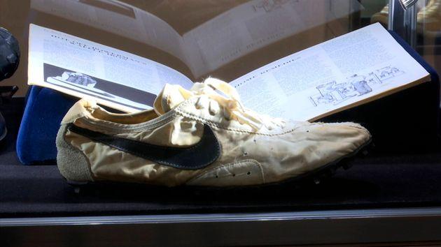 """La """"Moon Shoe"""", l'une des toutes premières chaussures conçues par"""