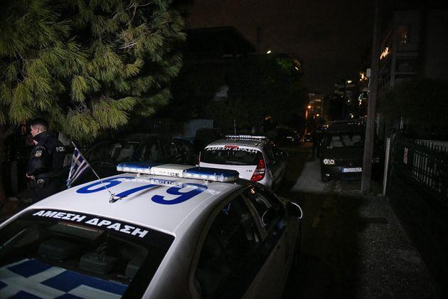 Συμπλοκή αστυνομικών με αγνώστους στη Νεοχωρούδα
