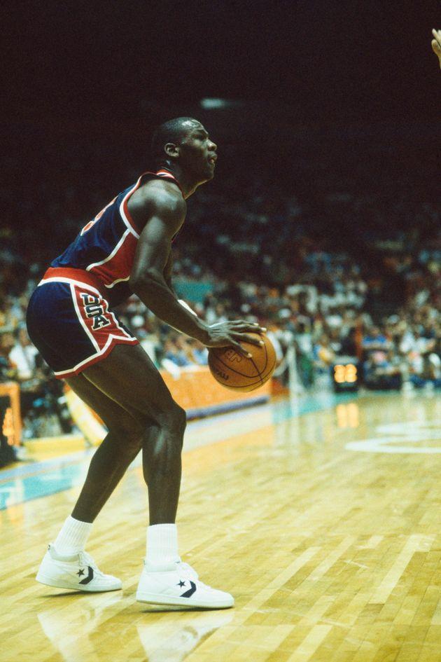 Michael Jordan et sesConverse Fastbreak lors des Jeux Olympiques de Los Angeles en
