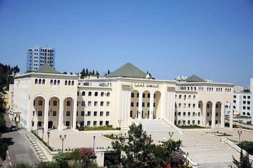 La Cour suprême ordonne le réexamen des affaires Sonatrach et