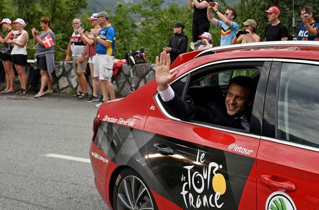 Emmanuel Macron lors du Tour de France