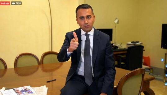 """""""COLPITI ALLE SPALLE DALLA LEGA"""" - Di Maio riunisce i suoi e denuncia """"offese e falsità"""""""