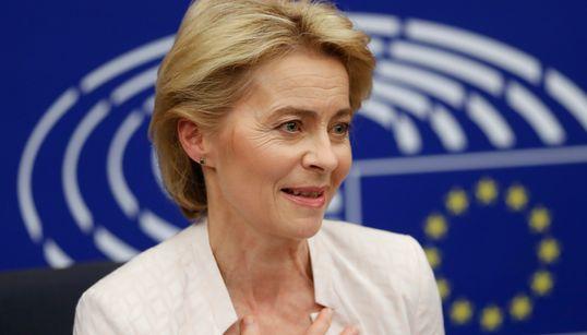 """Ursula von der Leyen: """"Dalla Russia un atteggiamento ostile: teniamo le sanzioni ma"""