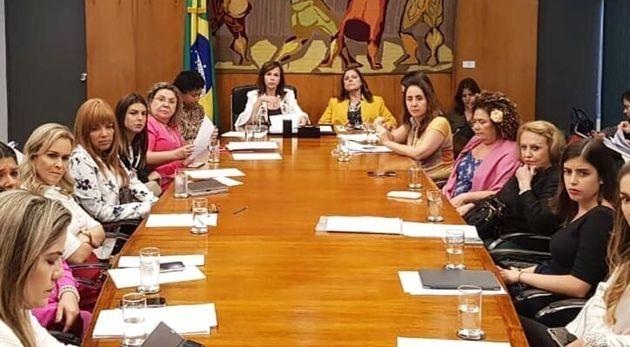 Presidente da bancada feminina, Professora Dorinha (DEM-TO) também trabalha para evitar fim de...