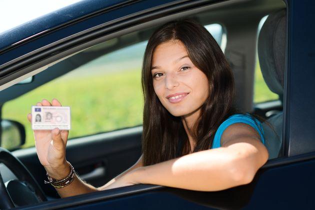 Vous pourrez passer votre permis à 17 ans dès lundi mais... (photo