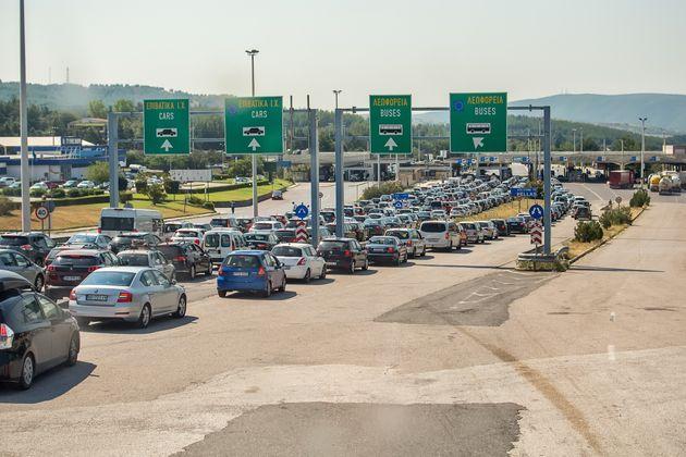 Κάμψη εμφανίζουν οι οδικές αφίξεις στην Ελλάδα το