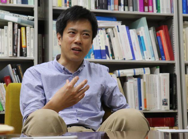京都大学の曽我部真裕教授。
