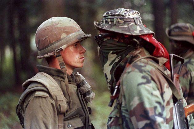 Le soldat canadien Patrick Cloutier et Brad Laroque, alias «Freddy Kruger», s'affrontent...