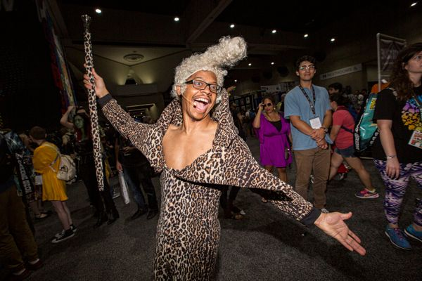 "Cosplayer Lequan Bennett dressed as Ruby Rhod from the movie ""The Fifth Element."""
