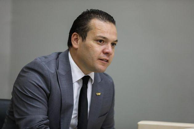 L'Algérien Adel Hadji élu premier vice-président de la de la Confédération africaine de l'information...