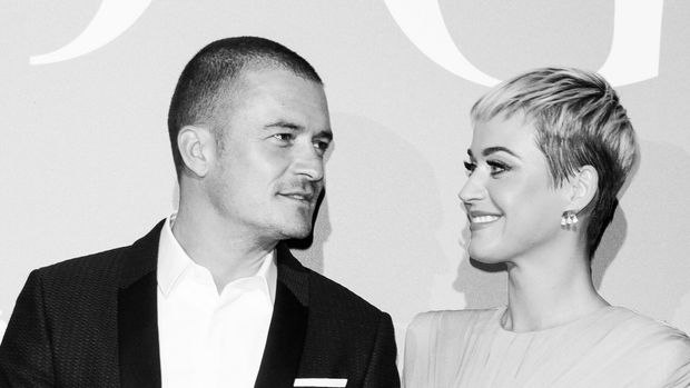 MONTE-CARLO, MONACO - SEPTEMBER 26: (EDITORS NOTE: Image has been converted to black and white.) Orlando Bloom and Katy Perry attend Gala for the Global Ocean hosted by H.S.H. Prince Albert II of Monaco at Opera of Monte-Carlo on September 26, 2018 in Monte-Carlo, Monaco. (Photo by Andreas Rentz/Getty Images)