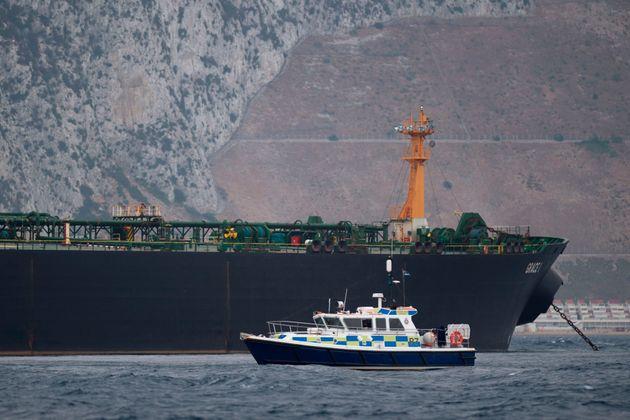 Κλιμακώνεται η ένταση στον Κόλπο: Η Βρετανία απαντά, ενώ το Ιράν αρνείται πως δέσμευσε δεύτερο