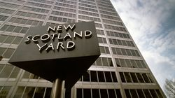 «F**CK THE POLICE»: Scotland Yard ciblé par des
