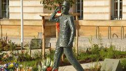Le maire d'Évreux porte plainte après la dégradation d'une statue du général de