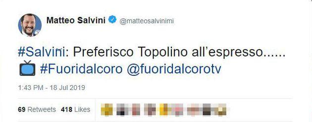 Topolino risponde a Salvini su Twitter. E il leghista cancella il suo