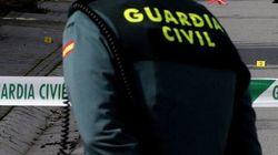 Investigan la muerte de una mujer por arma blanca en una urbanización de