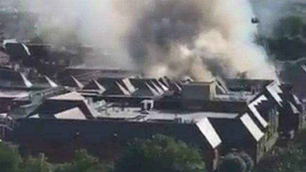 Fire At Walthamstow The Mall Sees 125 Firefighters Tackle Huge Blaze