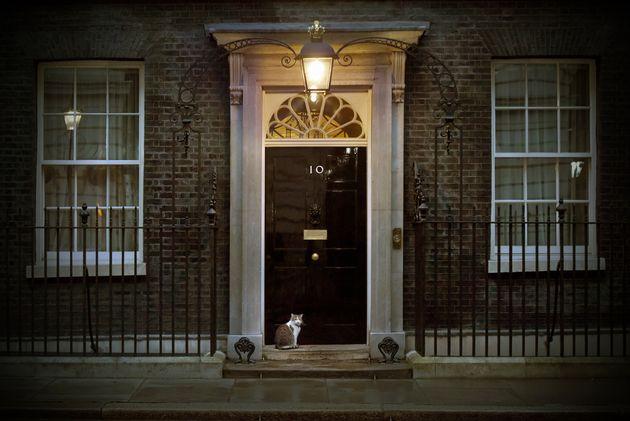 Και τώρα Τζόνσον; - Τι φέρνει η εκλογή νέου αρχηγού των Τόρις και πρωθυπουργού στη