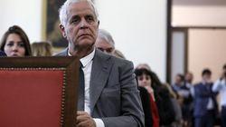 Roberto Formigoni esce dal carcere, va ai