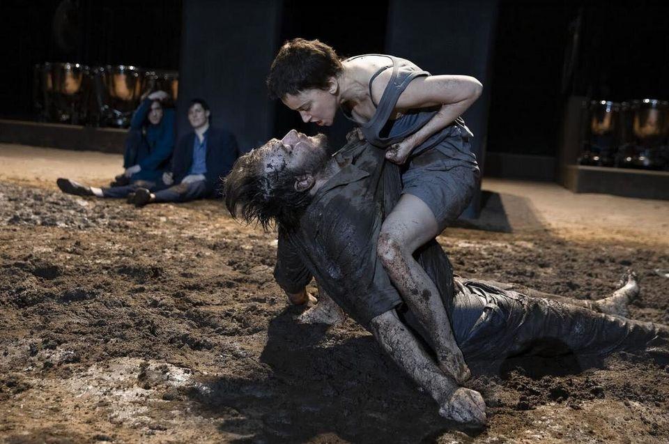 Η Comédie-Française στην Επίδαυρο με την παράσταση του Ίβο βαν Χόβε «Ηλέκτρα -