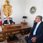 Alors que plusieurs personnalités politiques ont exprimé des doutes sur son état de santé: Béji Caid Essesbsi apparait dans u...