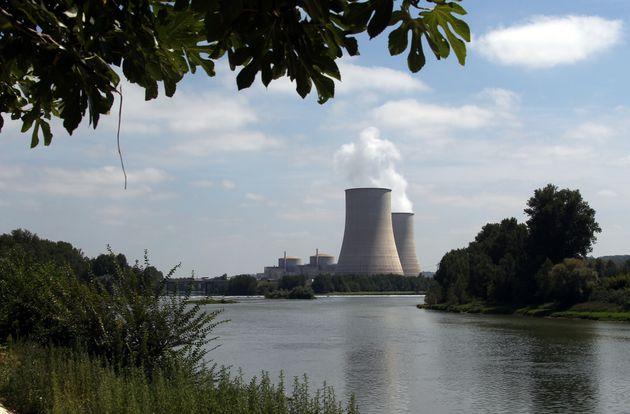 La centrale deGolfech, dans le Tarn-et-Garonne, va voir deux de ses réacteurs nucléaires...