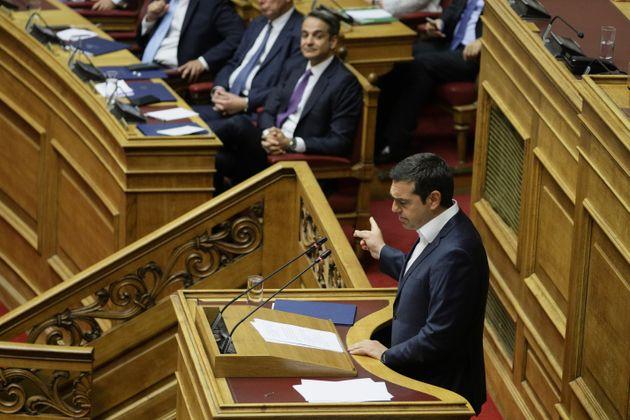 Για λαϊκισμό κατηγόρησε τον Μητσοτάκη ο Τσίπρας - Γίνατε μακεδονομάχοι της κακιάς