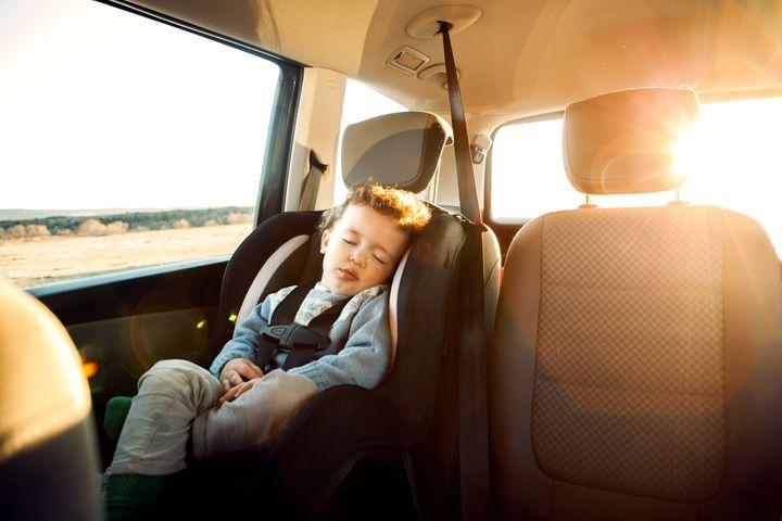 Une nouvelle étude canadienne confirme qu'oublier un enfant dans une voiture où il fait très chaud est beaucoup trop facile.