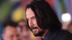 Keanu Reeves Pulls Another 'Breathtaking' Move On Fan's Front