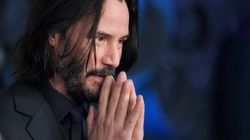 'Internet Boyfriend' Keanu Reeves Takes Canadian Kindness To New