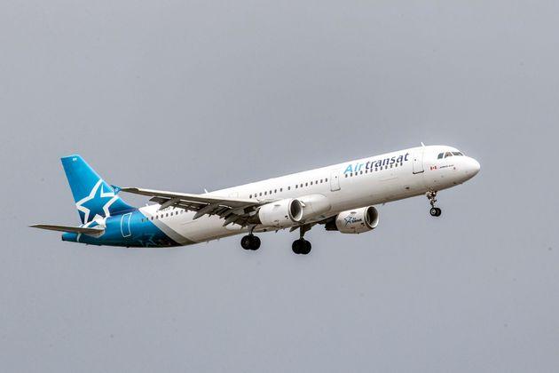 Vente à Air Canada: 35 M $ pour les patrons de