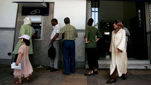 BAM: De plus en plus de femmes ouvrent des comptes