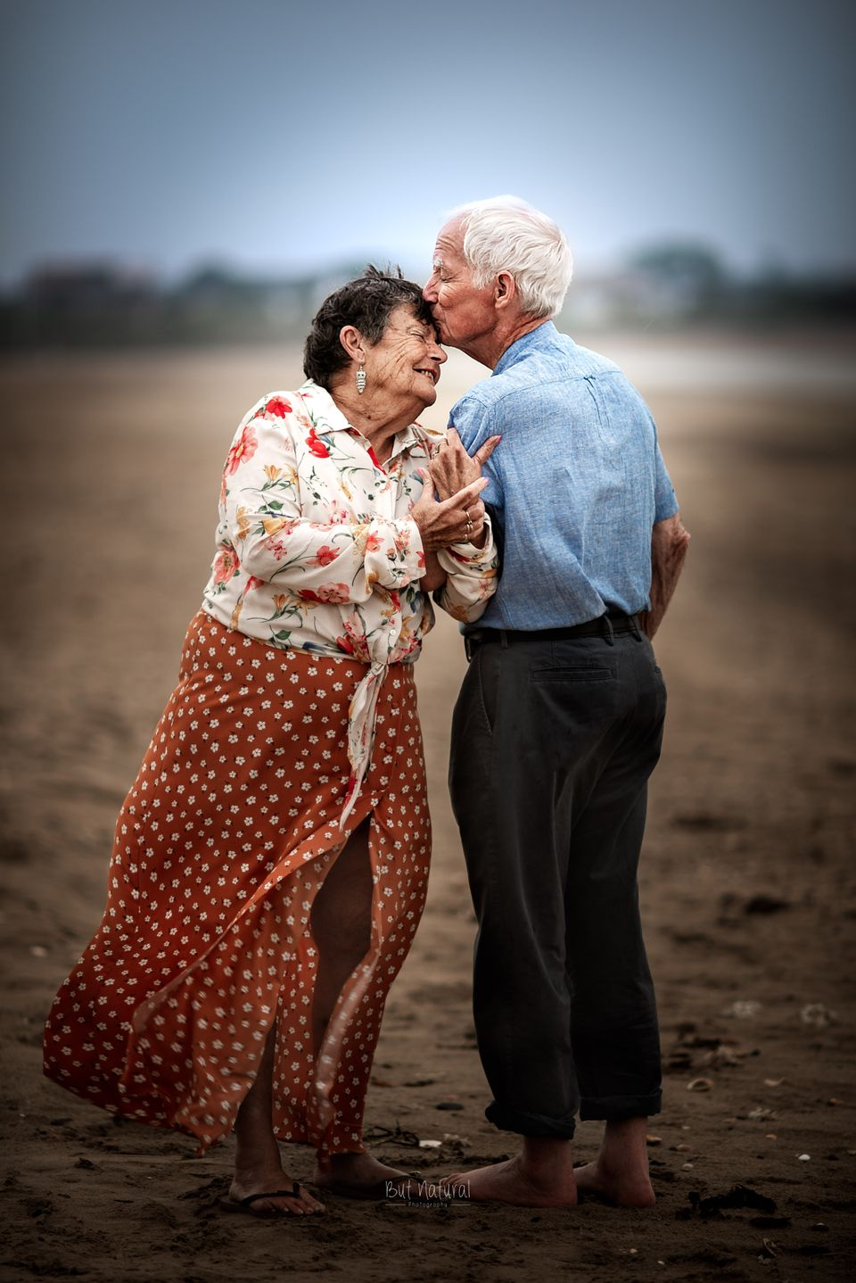 This Photographer Asks Elderly Couples To Pose For Engagement Style Photos Huffpost Life