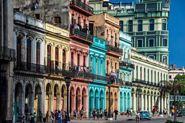 Les États-Unis ont rappelé la majorité de leur personnel diplomatique de La Havane...