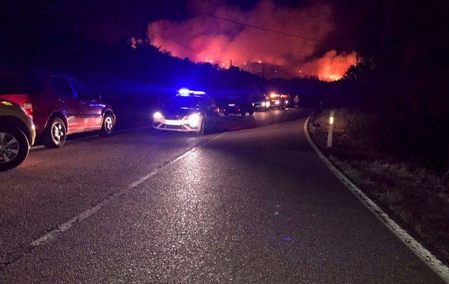 Un incendio en el Berrueco (Madrid) obliga a declarar el nivel 1 por la proximidad a