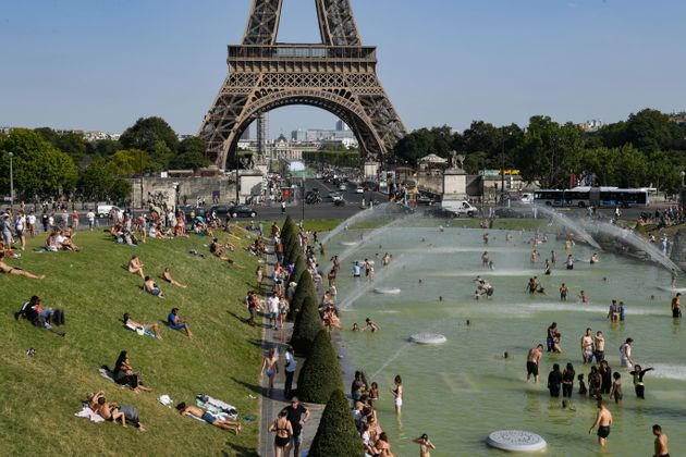 Σε κλοιό καύσωνα ξανά η Ευρώπη - Δύο νεκροί και δύο αγνοούμενοι στον ποταμό