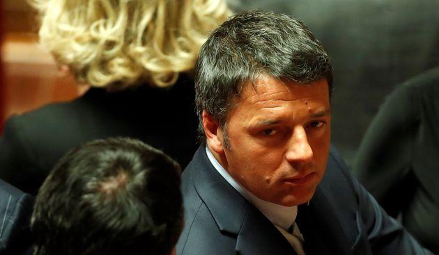 """Lega Russia, Matteo Renzi: """"Troppe polemiche, rinuncio"""