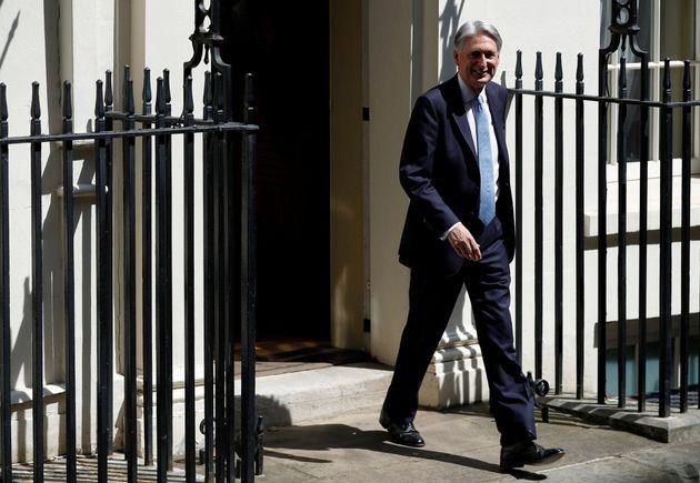 Dimite el ministro de Economía británico, Philip